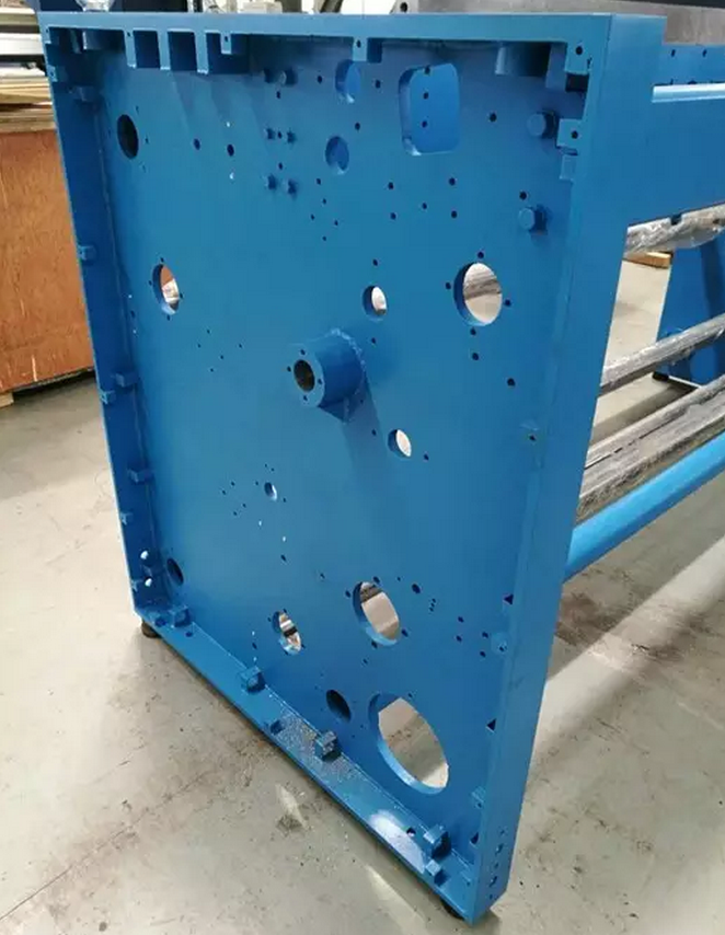 Large fabrication and large machining for textile machinery