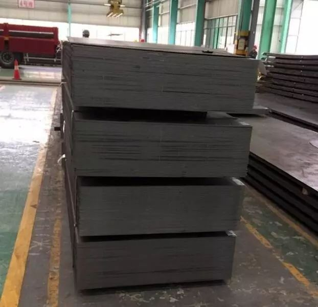 Hot rolled sheet metal for freight train components